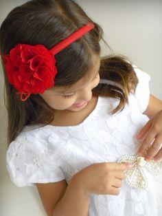 Tiara com flor repolhuda