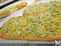 Garlic Bread à la Pizza Hut, ein tolles Rezept aus der Kategorie Überbacken. Bewertungen: 153. Durchschnitt: Ø 4,5.