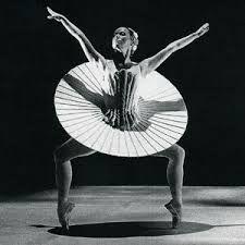 https://www.google.ca/ ballet triadique bauhaus