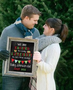 Early Present Printable Pregnancy Announcement - Baby - Schwanger Christmas Card Pregnancy Announcement, Cute Baby Announcements, Pregnancy Announcement Photos, Pregnancy Photos, Pregnancy Christmas Card, Early Pregnancy, Pregnancy Stages, Nouveaux Parents, Birth Pictures