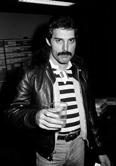 Tu Cumpleaños 66, Freddie Mercury - Taringa!