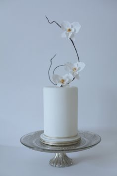 Orchid 'Ikebana' Wedding Cake | Victoria Made