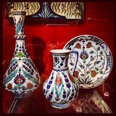 Iznik (Turkish Ottoman) pottery at the V&A Museum