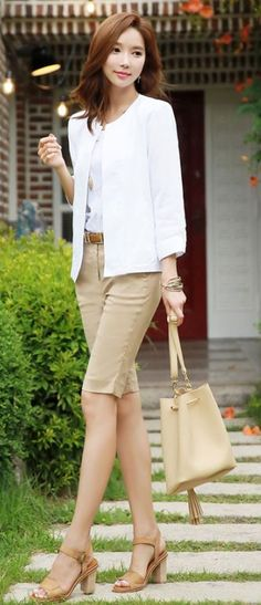 StyleOnme_Basic Linen Blend Cropped Pants #beige #shorts #elegant #chic #koreanfashion #summer