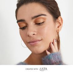 How do I get the smokey eye look? We've got answers for all your beauty questions here at The Ulta Beauty Mix! Metallic Eyeshadow, Natural Eyeshadow, Glowy Skin, Skin Makeup, Smokey Eye, Hoop Earrings, Make Up, Bronze, Mood