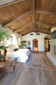 8 Best And Amazing Spanish Style Bedroom Furniture Design Ideas on Home Inteior Ideas 4870 Spanish Style Homes, Spanish House, Spanish Colonial, Hacienda Style Homes, Spanish Style Kitchens, Spanish Revival Home, Home Bedroom, Bedroom Decor, Bedroom Ideas