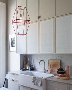 How to make a modern light fixture from lampshade frames and ribbon