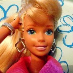 »»» Barbie - die berühmteste Frau der Welt. 1:6 Models    #barbie #puppen