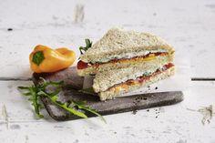 45 schnelle Gerichte unter 400 Kalorien | Küchengötter Canapes, Mediterranean Diet, Ricotta, Italian Recipes, Sandwiches, Brunch, Traditional, Eat, Food