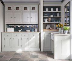 20 Country Kitchens #kitchens #kitchenideas #kitchendecor #kitchen #kitchenislands #kitchenfaucets #kitchendesign #kitchendesigns #countrykitchen #countrykitchens #kitchenskinks #kitchensink #kitchenidea