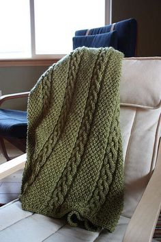 Knitted - Shivaree throw - Free pattern - Printed. SOOOO pretty! I'm going to knit this for my sister and I's cabin in the woods!