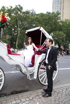 horse and carriage ride to a wedding in Central Park