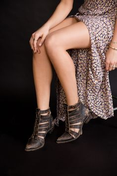 07a05ce15a57 jcs777laf  urbanoutfitters  Distressed to perfection. ugh love! Urban  Outfitters Boots