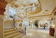 chateau-dor-belair-stairway