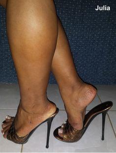 Glenda - New Ideas Open Toe High Heels, Hot High Heels, Feet Soles, Women's Feet, Talons Sexy, Thick Girl Fashion, Beautiful High Heels, Sexy Legs And Heels, Sexy Toes