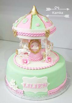 Cake for girl whose love horses 😁 Beautiful Wedding Cakes, Beautiful Cakes, Amazing Cakes, Carousel Birthday Parties, Birthday Cake Girls, Fondant Cakes, Cupcake Cakes, Cupcakes, Cake Paris
