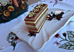 Karácsonyi mézes karamellás szelet recept foto Christmas Sweets, Xmas, Czech Recipes, Ethnic Recipes, Eastern European Recipes, Vanilla Cake, Cheesecake, Tiramisu, Dessert Recipes