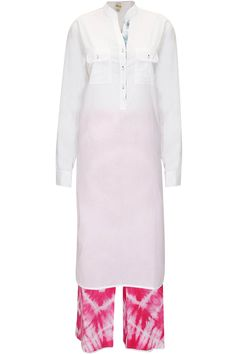 White tunic with fuschia pink tie-dye diamond pattern palazzo pants by Dilnaz Karbhary. Shop now: http://www.perniaspopupshop.com/designers/dilnaz-karbhary #palazzo #dilnazkarbhary #shopnow #perniaspopupshop