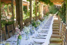 Best Settings, Wedding Breakfast, Florists, Table Plans, Fresco, Summer Wedding, Vineyard, Wedding Flowers, Pergola