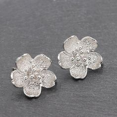 Girls Jewelry, Cute Jewelry, Hair Jewelry, Jewelry Box, Jewelery, Fashion Jewelry, Flower Earrings, Ring Earrings, Body Adornment