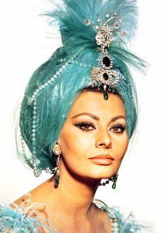 Sophia Loren, #Vogue   #turban #turquoise