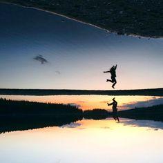 JUMP #chrisherzog #jump #180_degrees #turned #lake #water #reflection #mirroring #sunset #calm #midnight #sweden #midnightsun #hollydays #vacation #fun #vitality #enjoy #life #lifeisgood #sky #person #nature #landscape #jumping #skandinavia #sprung #freude #see