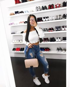 Hottest and Trendy Collection of Sweatshirt from this Celebrities and Models - WearitAfrica Basic Outfits, Trendy Outfits, Summer Outfits, Girl Outfits, Cute Outfits, Fashion Outfits, Womens Fashion, Fashion Killa, Look Fashion