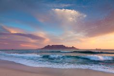 Landscape photograph of a typical Blouberg beach sunset scene over Table Bay looking onto Table Mountain, Cape Town, South Africa Cape Town Photography, Nature Photography, Cape Town Accommodation, Table Mountain Cape Town, Mountain Sunset, Mountain View, Best Sunset, Sunset Beach, Cape Town South Africa