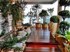 Ivani Kubo Paisagismo: Jardim com Laguinho em Varanda de Apartamento