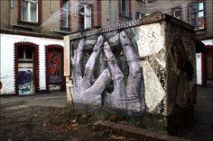 """""""Head in Hands"""" Berlin"""