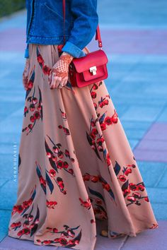 islamic womens clothing thawb for sale islamic prayer clothes hijab online usa islamic apparel buy hijabs Autumn Cherry skirt Muslim Fashion, Modest Fashion, Hijab Fashion, Girl Fashion, Fashion Dresses, Stylish Girl Images, Stylish Girl Pic, Islamic Women's Clothing, Muslimah Wedding Dress