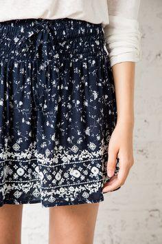 P_688680919d1 Fashion Online, Sequin Skirt, Trousers, Autumn, Winter, Skirts, Jackets, Dresses, Vestidos