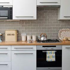 Kitchen Budget Kitchen Remodel, Kitchen Cabinet Remodel, Condo Kitchen, Kitchen On A Budget, Home Decor Kitchen, New Kitchen, Home Kitchens, Kitchen Design, Kitchen Remodeling
