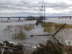 The pier was destroyed in 2012 during hurricane Sandy. Battery Park, Old Historic New Castle DE