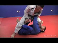 ▶ Augusto 'Tanquinho' Mendes - X Guard Pass - BJJ Weekly #059 - YouTube