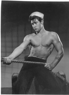 Ah, it's a sailor's life for me! Who HASN'T dreamed of a lusty seaman taking you in his arms? YES, sailor thirst IS REAL, y'a… Marin Vintage, Vintage Men, Vintage Photographs, Vintage Photos, Male Pinup, Athletic Models, Vintage Sailor, Photo Vintage, Le Male