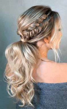 These Ponytail Hairstyles Will Take Your Hairstyle To The Next Level - - If you read this and thought, really? You know Ponytails aren't reserved solely for bad hair days or on your fitness. Ponytail is the. Fancy Ponytail, Ponytail Updo, Prom Hair Updo, Ponytail Wedding Hair, Bridesmaid Hair Ponytail, Fancy Updos, Fishtail Braids, Wedding Updo, Braided Updo