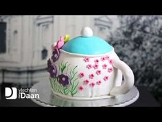 TEAPOT CAKE   MET DAAN