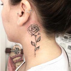 Web Tattoo: Neck Tattoo: 60 Stylish and Feminine Ideas Cross Tattoo Neck, Rose Neck Tattoo, Small Neck Tattoos, Neck Tattoos Women, Back Of Neck Tattoo, Side Tattoos, Crow Tattoos, Phoenix Tattoos, Wing Tattoos