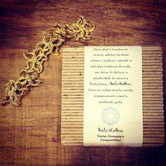Dia de Pulseira na @lindamoliva !!! E para quem ama pulseira e ama dourado, nossa Pulseira Kakali. Em cobre, moldada a mão, muito linda!  #temqueter #euquero #inlove #love #pulseiras #pulseirismo #pulseiradodia #lindamoliva #euusolindamoliva #look #lookday #lookdodia #dodia #moda #fashion #cobre #bijux #bijudodia #bijoux #amobijus ##bijuxlovers