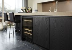 flush inset black oak or ash Kitchen Interior, Kitchen Inspirations, Black Kitchens, Kitchen Space, Oak Kitchen, Kitchen Cabinets, Kitchen Decor, Home Kitchens, Dark Kitchen