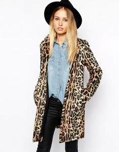 Leopard faux fur coat from Pepe Jeans. I love this entire outfit by the way, how chic! #style