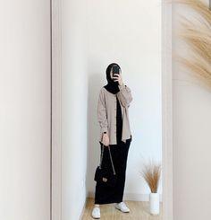 Hijab Casual, Modest Fashion Hijab, Modern Hijab Fashion, Street Hijab Fashion, Modesty Fashion, Hijab Fashion Inspiration, Muslim Fashion, Ootd Hijab, Fall Fashion