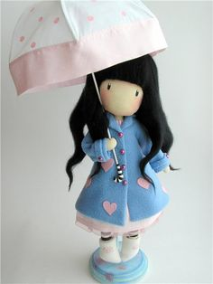 This doll is absolutely adorable (based on Suzanne Woolcott's designs)