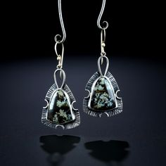 Metalsmiths Amy Buettner & Tucker Glasow. Horse Canyon Moss Agate Earrings. Fabricated Sterling Silver. www.amybuettner.com