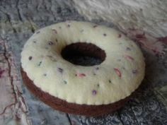 """Delicious Chocolate Felt Donut! """"0"""" calories!! Now with Tutorial !!!!! - TOYS, DOLLS AND PLAYTHINGS"""