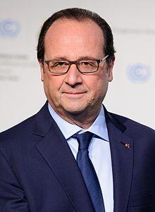 François Hollande en 2015 (né en 1954), 24e président de la République française depuis le 15 mai 2012.