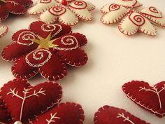 Adornos navideños de fieltro   Flickr - Photo Sharing!
