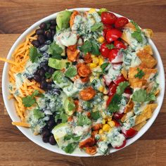 Southwestern Taco Salad*** Dressing: an avocado cup chopped cilantro 1 Tablespoon lime juice cup plain low fat greek yogurt cup water tsp salt Tablespoon garlic Tablespoon cumin Mexican Food Recipes, New Recipes, Salad Recipes, Dinner Recipes, Cooking Recipes, Favorite Recipes, Healthy Recipes, Recipies, Clean Eating