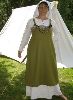 Summer Viking outfit by Sahra at Hibernaatiopesäke